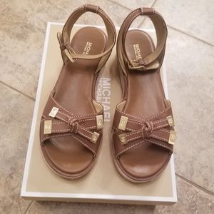 MICHAEL Michael Kors Shoes - NEW MICHAEL KORS LEATHER TAN NWT STRAP SANDALS